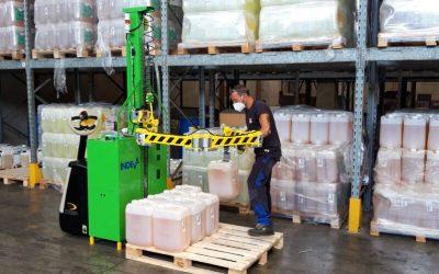 Optimum handling in warehouse lifting equipment