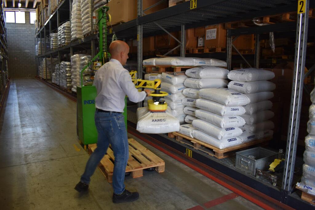 Warehouse Lifting Equipment